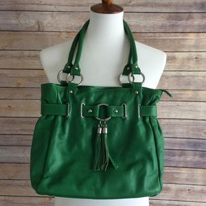 Handbags - Made In Italy Green Leather Tassel Bag NWT 🇮🇹